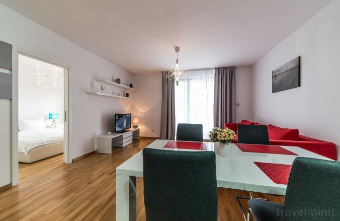 Red Hotel Riviera Suite&Lake Cluj-Napoca