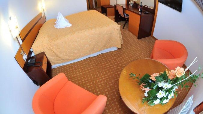 Hotel Jasmine Brassó