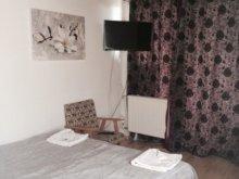 Accommodation Vöröstó, Iris Guesthouse