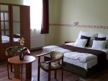 Apartament Mándok, Casa de oaspeți Réka