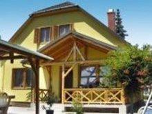 Nyaraló Nagyesztergár, Újépítésű, szépen berendezett 6 fős nyaralóház  (BO-43)
