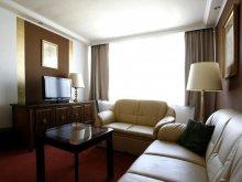 Hotel Mosonszentmiklós, Hotel Árpád