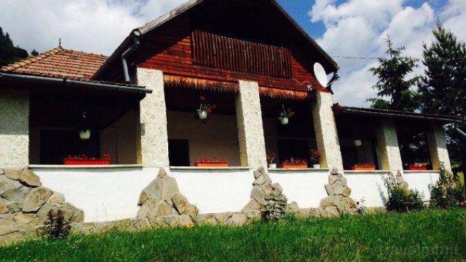 Casa de oaspeți Fintu Poiana Fagului