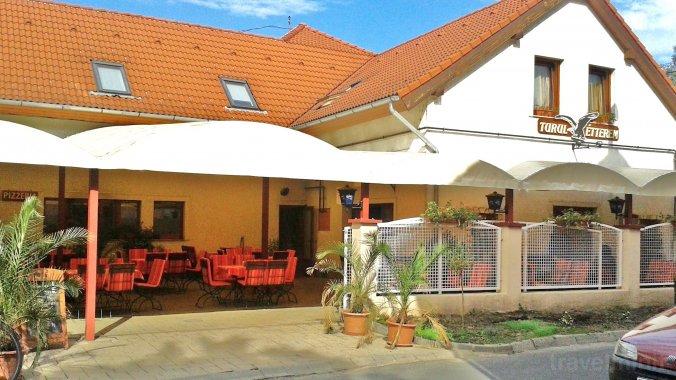 Restaurantul şi Pensiunea Turul Kaposvár