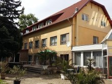 Hotel Balatonvilágos, Hotel Kenese