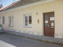 Cazare Kozármisleny, Apartament Hargita