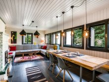 Accommodation Harghita-Băi, Piricske Cottage
