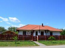 Cazare Tiszaalpár, Casa de oaspeți Kemencés