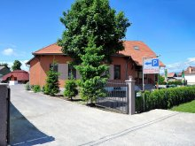 Pensiune Piatra-Neamț, Pensiunea & Restaurant Castel