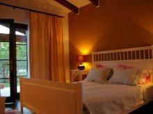 Accommodation Cuptoare (Cornea), Tichet de vacanță, La Dolce Vita House