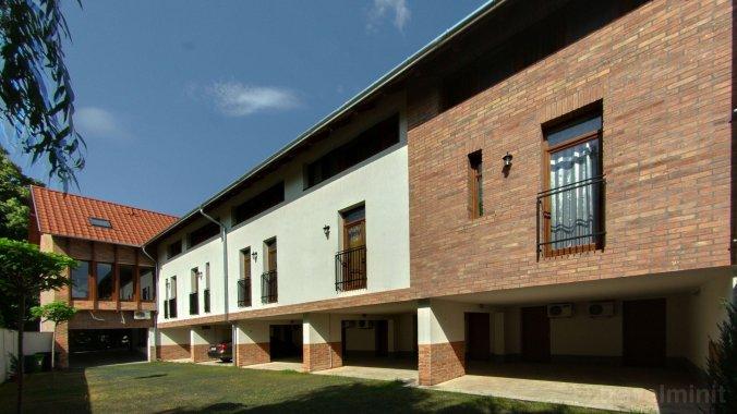 Maja Apartment Gyula
