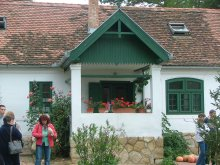 Accommodation Hungary, Tekeresi Lovaspanzió Apartments