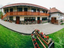 Apartament Zetea, Pensiunea Gyöngyvirág