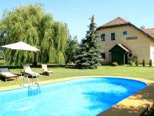 Accommodation Lake Velence, Tavaskert B&B