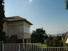 Cazare Balatonfenyves, Casa de vacanță Tavaszi
