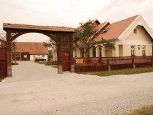 Pensiune Dealu Armanului, Pensiunea Borsika