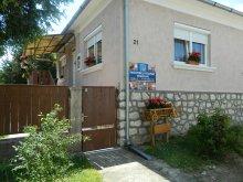 Cazare Nagykónyi, Casa de oaspeți Bakonybéli Patakpart