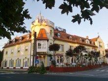 Hotel Eszteregnye, Hotel Balaton