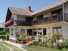 Cazare Balatonkeresztúr, Apartament Berki Margit