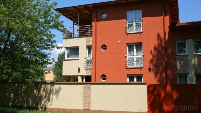 Villa Mediterrana Apartmanház Siófok