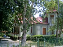 Vilă Vörs, Vila Szemesi