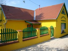 Accommodation Jásd, Sárgarigó Guesthouse