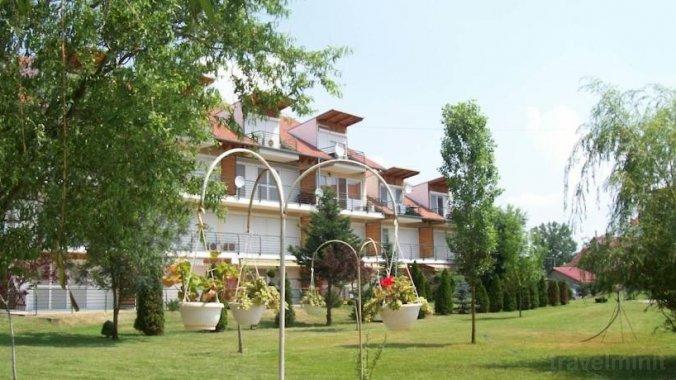 Cserke Napfény Apartment Cserkeszőlő