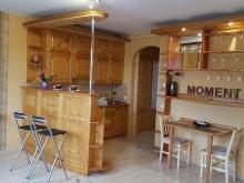 Apartament Noszvaj, Apartament Moment