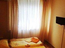 Apartman Tata, Judit Apartman