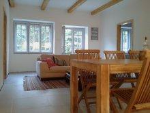 Accommodation Tokaj Ski Resort, Füveskert Apartment