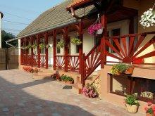 Cazare Mânăstirea Rătești, Casa Lenke