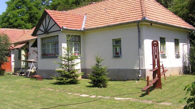 Kankalin Vendégház Mátraterenye