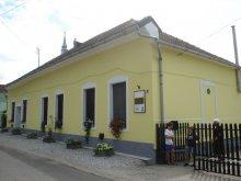 Cazare Tiszakeszi, Casa de oaspeți Cserőháti