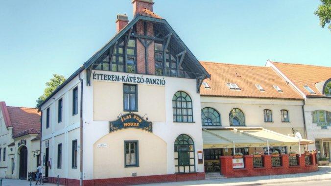 Play Pub Panzió Debrecen