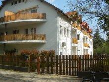 Cazare Látrány, Apartament Ady