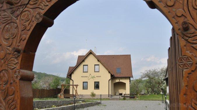 Réba Guesthouse Estelnic
