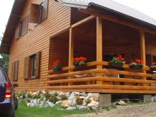 Chalet Răstolița, Czirjak House