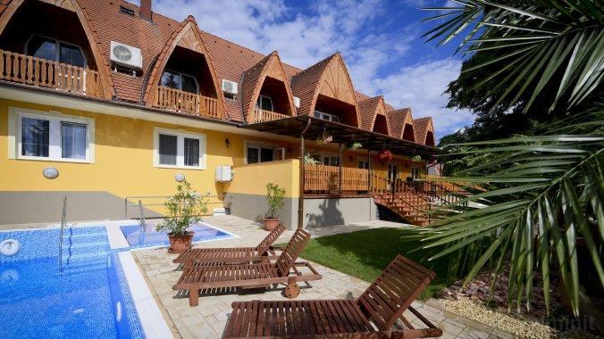 Rajna VillaBridge&SPA Apartments Bogács