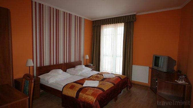 Hotel-Patonai Panzió Fertőd