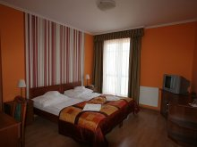 Pensiune Nagycenk, Pensiunea Hotel-Patonai