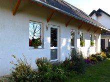 Accommodation Tápiószentmárton, Margaréta Guesthouse