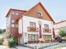 Accommodation Zirc, Erzsébet Guesthouse