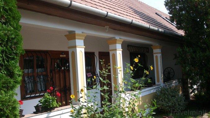 Keményffy Guesthouse Monok