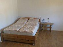 Accommodation Mădăras, Szabó Apartman