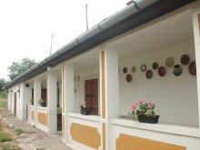 Cazare Tiszaújváros, Casa Lukovics