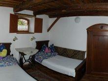 Accommodation Mánfa, Vörösdombi Guesthouse
