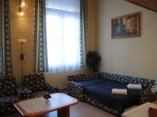 Accommodation Hungary, Family Apartmanhotel