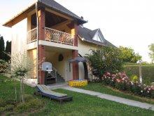 Cazare Újudvar, Apartament Rózsa-Domb