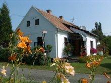 Accommodation Szentgyörgyvölgy, Cserépmadár Guesthouse