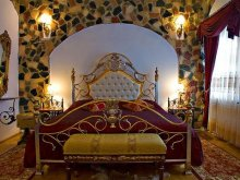 Cazare Săndulești, Castelul Prințul Vânător